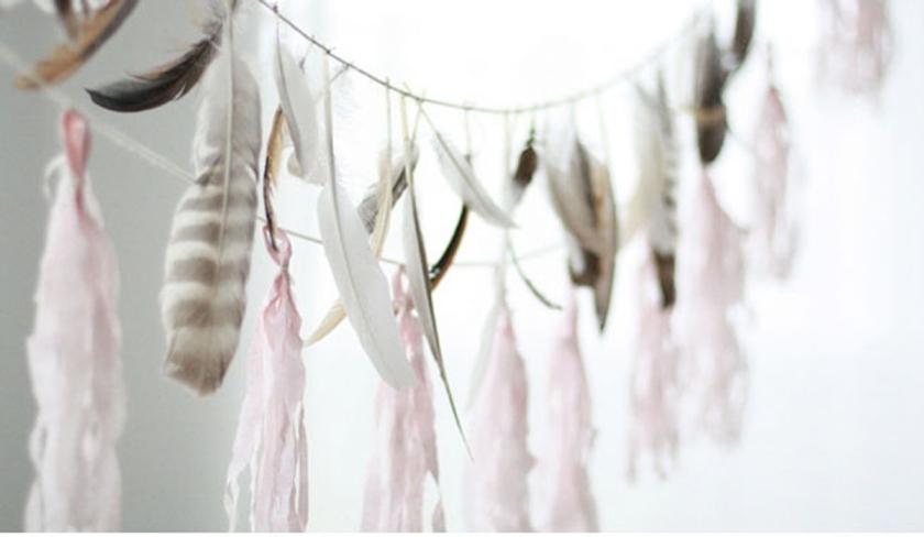 "ALT=""weddinginspiration:feathers"""
